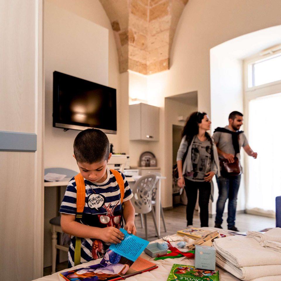 Kid is reading a book at the family friendly B&B Casa di Anita | Salento
