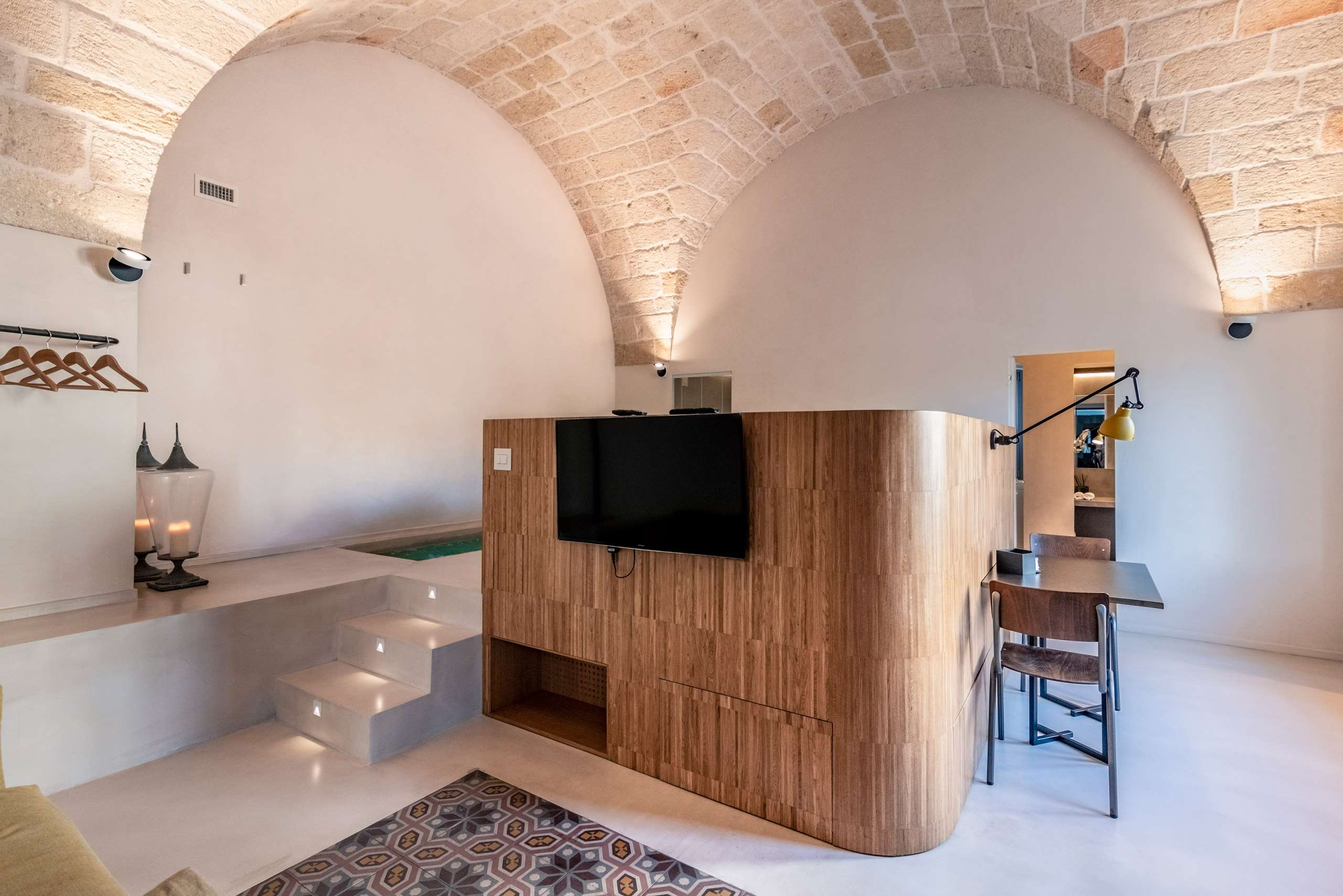 One of the five luxury flats with private pool at Cinquevite in Polignano a Mare | Puglia