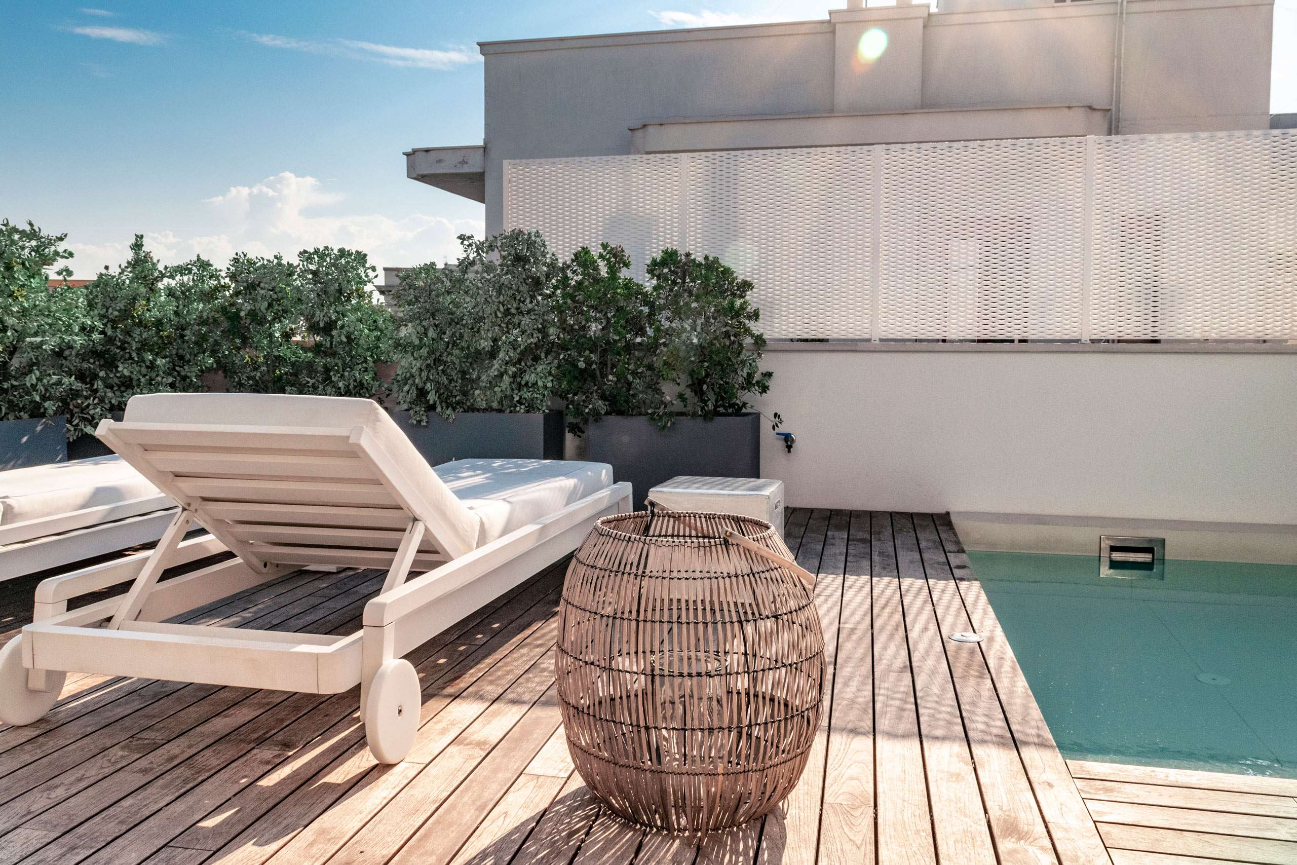 Terrace with swimming pool at Cinquevite luxury flats at Polignano a Mare | Puglia