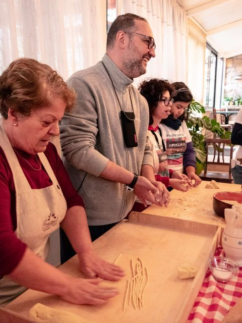 Disabled friendly food experience and cooking class with Puglia senza ostacoli.