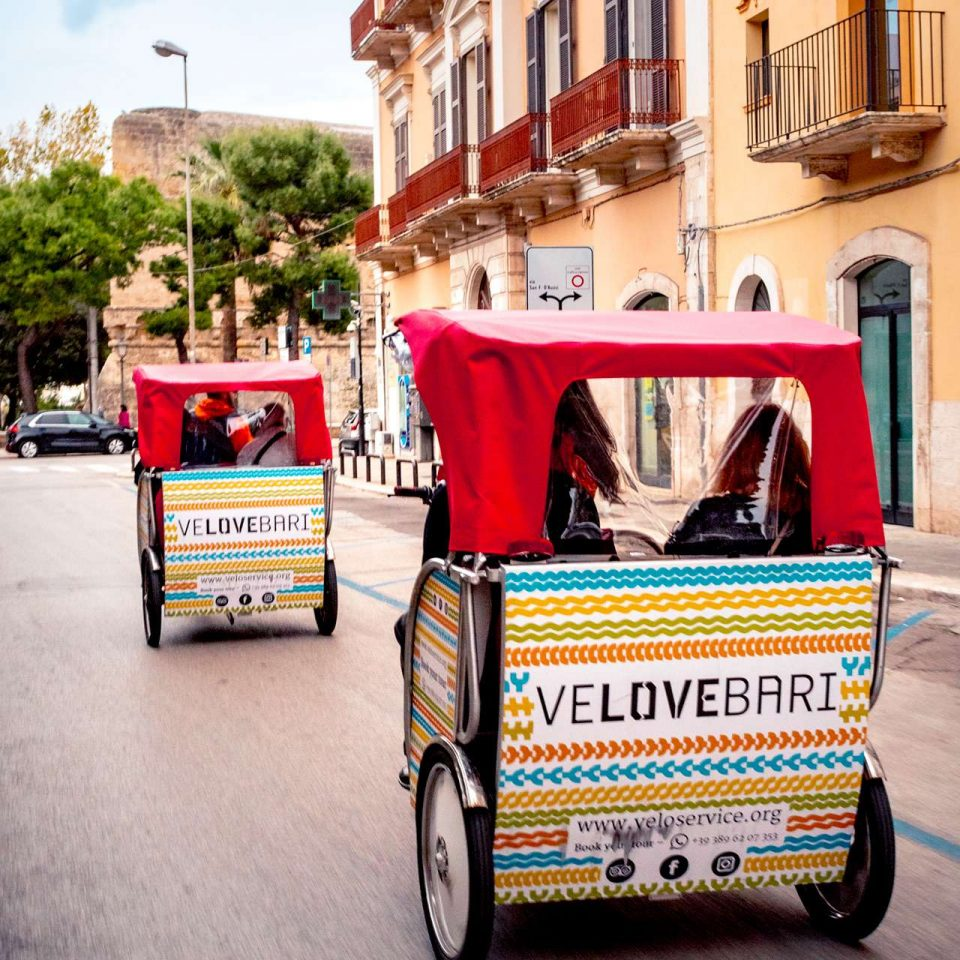 Puglia tours by rickshaw provided by Velo Service