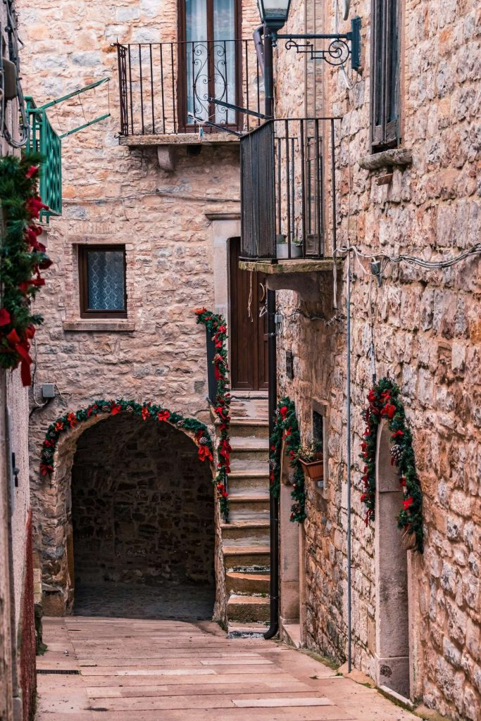 A street during Christmas time in Celle San Vito | Explore Puglia and Daunia Mountains