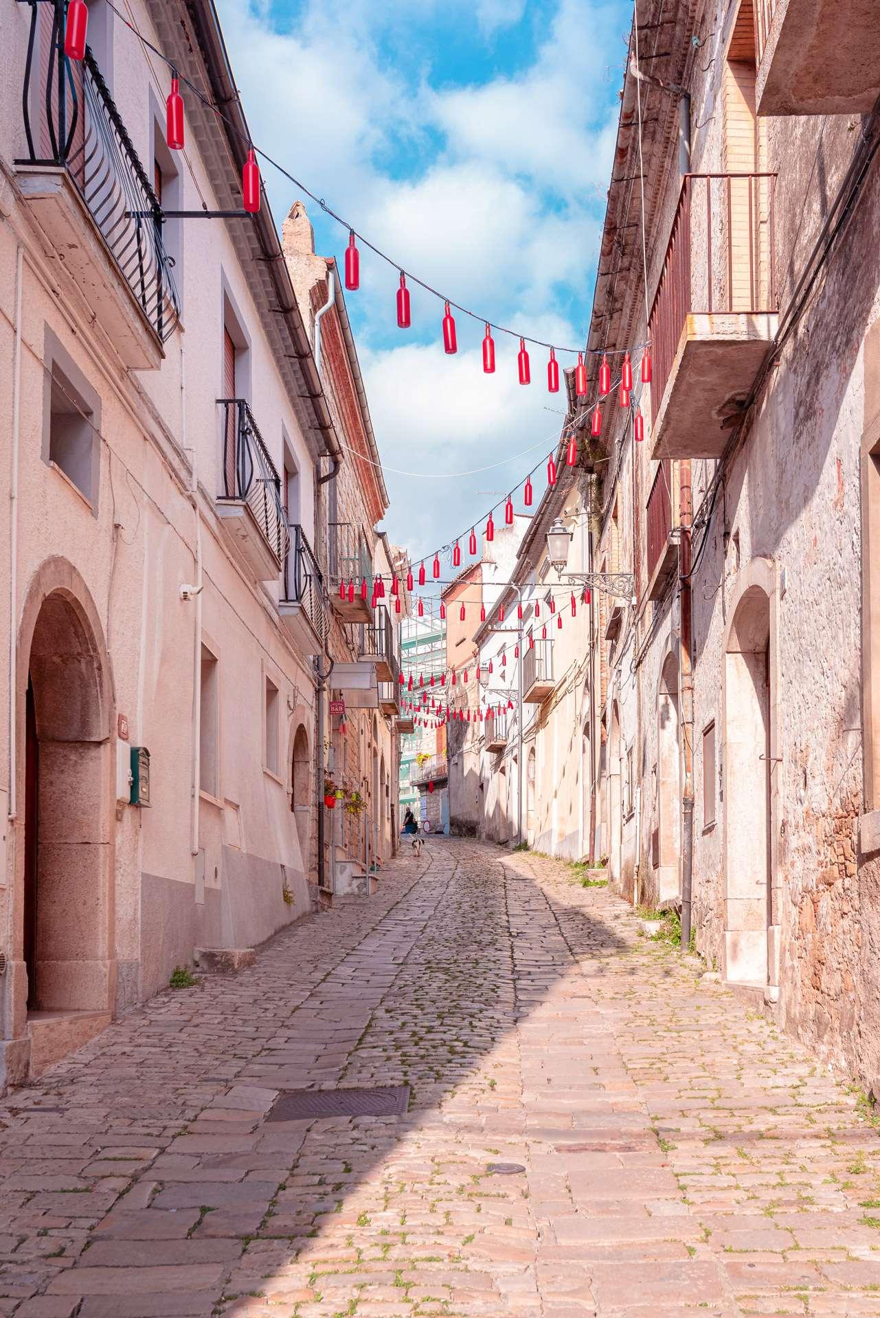 Narrow street in Orsara di Puglia