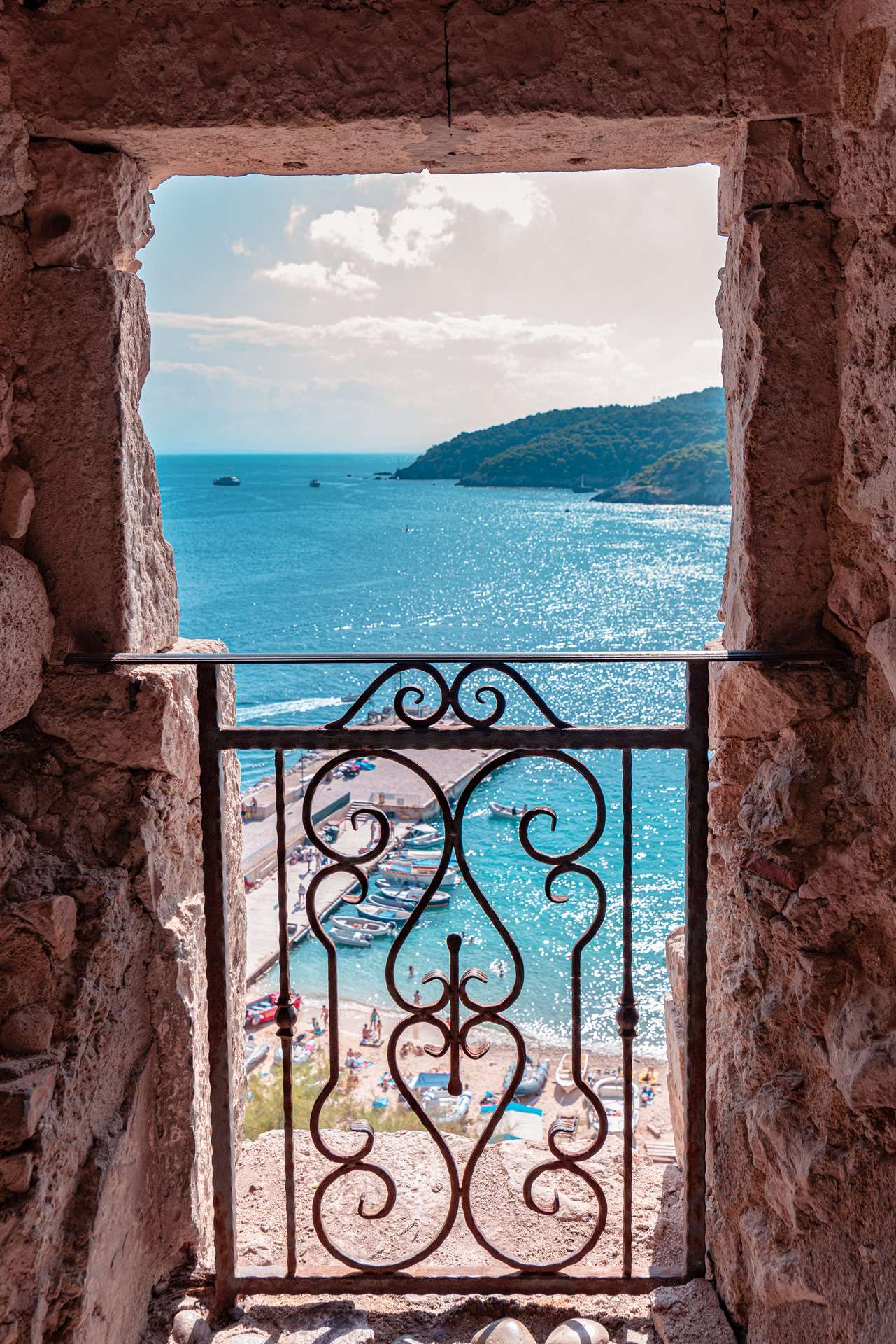 A window on the wall of the San Nicola Island | Tremiti Islands | Puglia